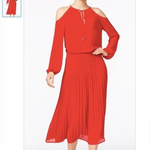 MICHAEL KORS COLD-SHOULDER PLEATED MIDI DRESS, RED